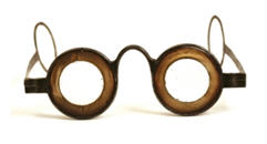 Hindsight is actually better than 20/20: Antique spectacles c.1756 courtesy phisick dot com.