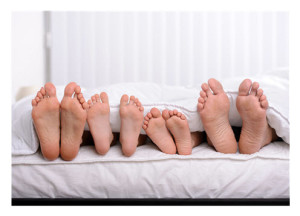 Family in Bed_Feet