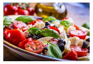 Italian Salad_Tomatoes Basil Olives Cheese