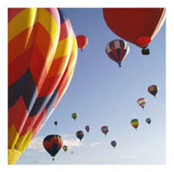 hot air ballooning would be a dream date for any season