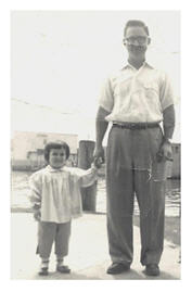 Old snapshot father and daughter.
