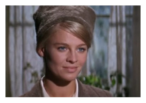 Julie Christie as Lara captured still