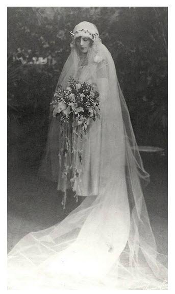 Elegant bride_1926