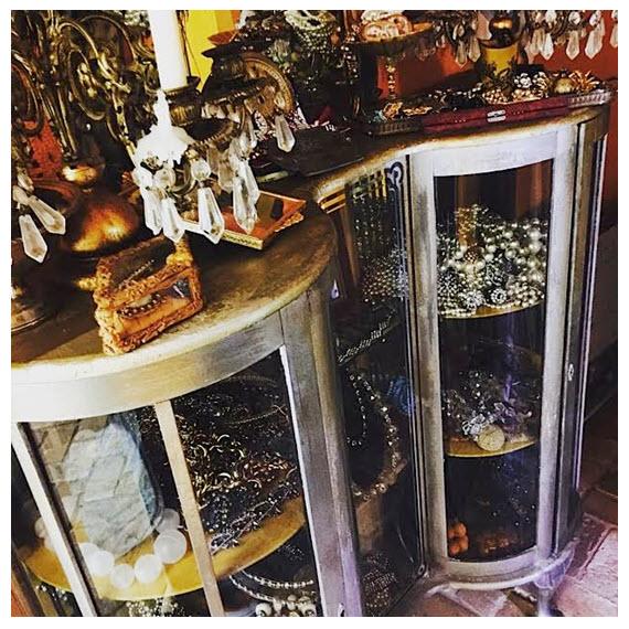 La Contessa's Treasure Storage