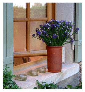 Window Sill House in Provence