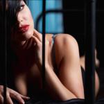Sexy Women, Irresistible Ads
