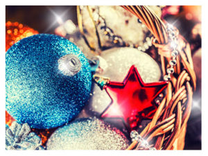 christmas-ornaments-closeup
