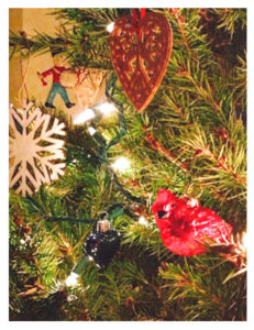 tree-detail_ornaments